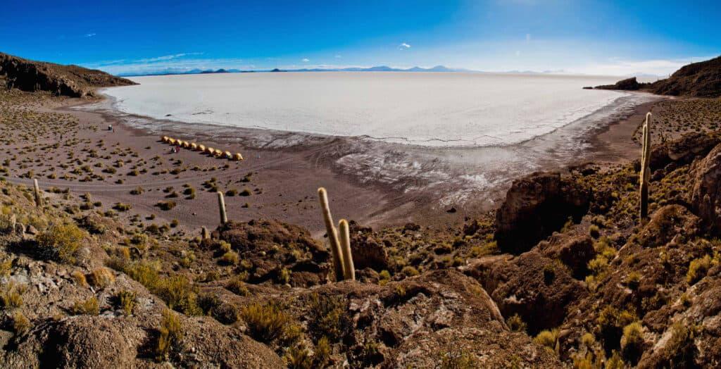 Bivouac sur l'Isla Del Pesade, sur le Salar de Uyuni en Bolivie.